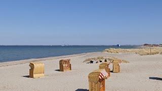 Heiligenhafen, Germany: Ostsee (Baltic Sea), Strandkörbe (Beach Chairs) - 4K Video Photo(Video Image 4K Channels: http://www.videoimage4k.com Videobilder Channels: http://www.videobilder.eu Recording date: 04-2015 Notes: Video Photos are ..., 2015-06-06T11:51:59.000Z)