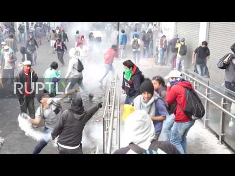 Ecuador: Protesters clash with police as anti-govt. demonstrations continue