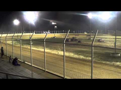 Outlaw Motor Speedway Factory Stock feature 5/18/12