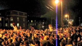 Crowd sings Steam