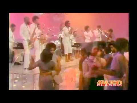 Soul Train 77' Performance - Jeffrey Osbourne and L.T.D. - Love Ballad!
