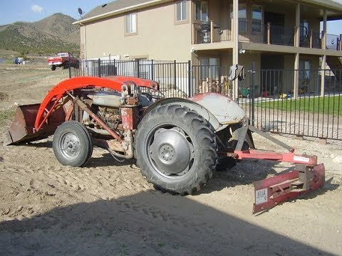 1952 TO30 Ferguson Tractor with Loader