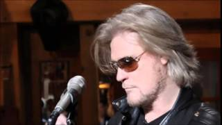 Watch Daryl Hall Next Step video