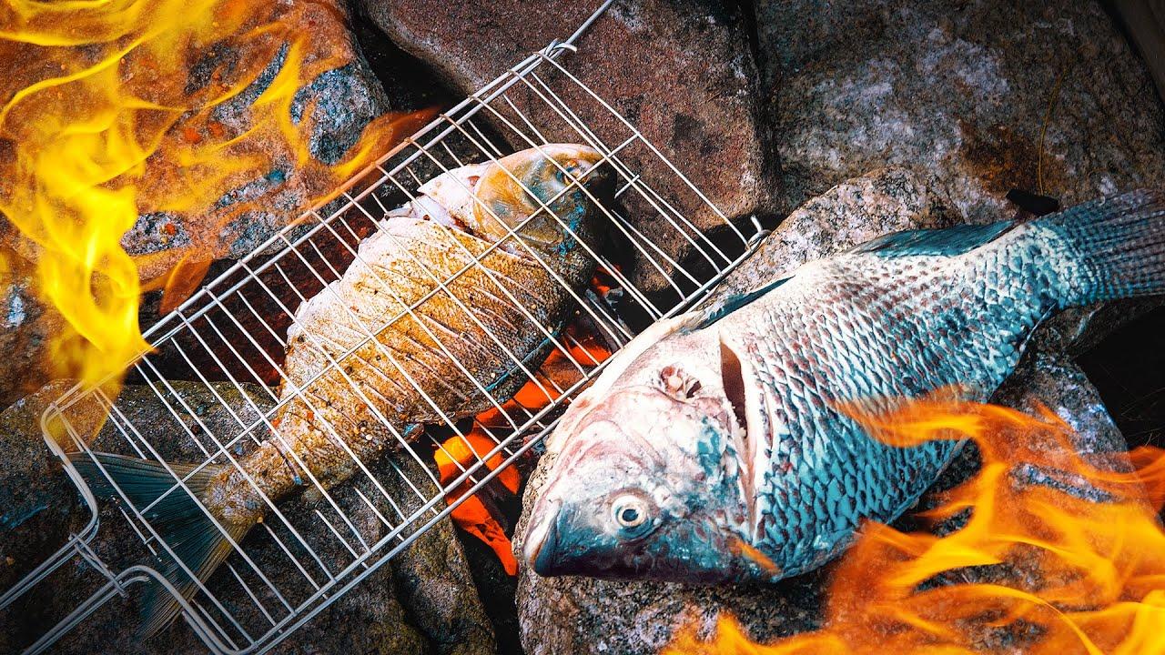 PESCANDO E PREPARANDO - Peixe Delicioso num lugar abandonado