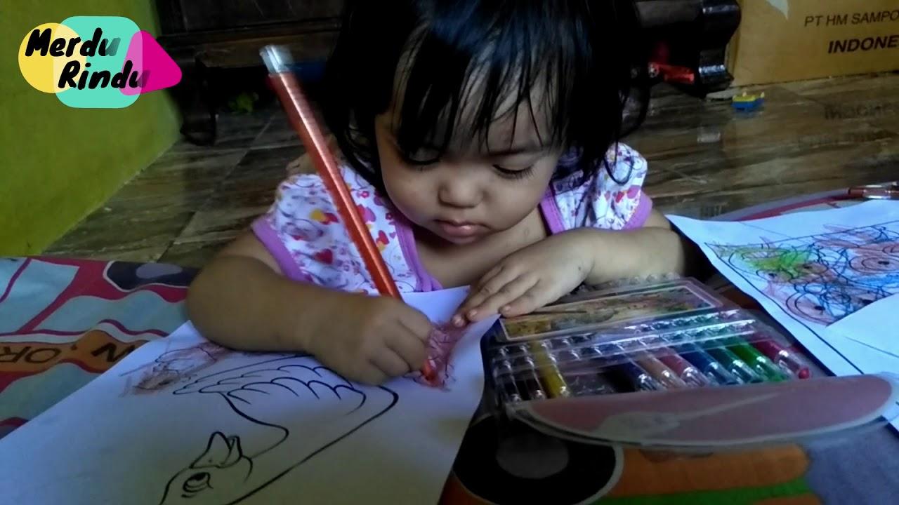 Anak Kembar Belajar Mewarnai Gambar Kartun Pororo Dan Mewarnai