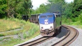 Three-Train Afternoon at Shenandoah Junction!