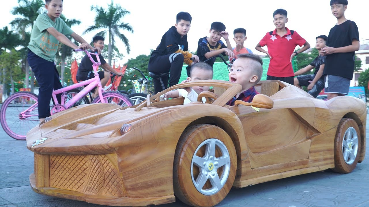 A Poor Wood Worker Builds a Car FERRARI APERTA For His Son - YouTube