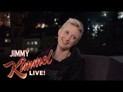 Andrea Riseborough Played a Socialite in Nocturnal Animals fragman