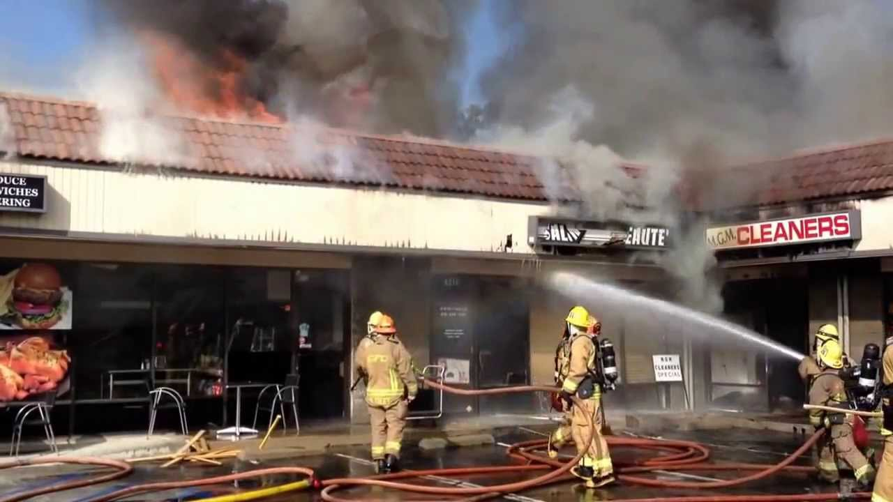 Glendale 3rd Alarm Strip Mall Fire Youtube