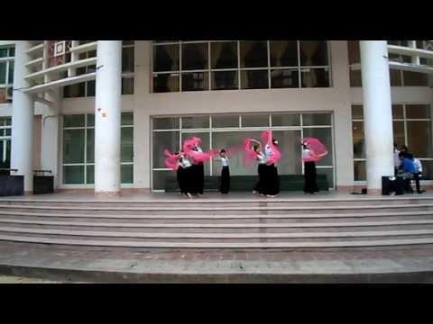 Múa Thái : Hương Xuân. Lớp K52 Đh Văn Trường đại học Tây Bắc - Sơn La - Việt Nam