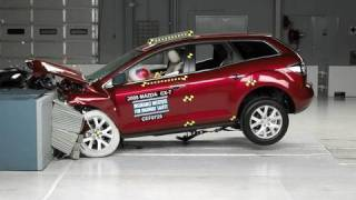 2008 Mazda CX-7 moderate overlap IIHS crash test
