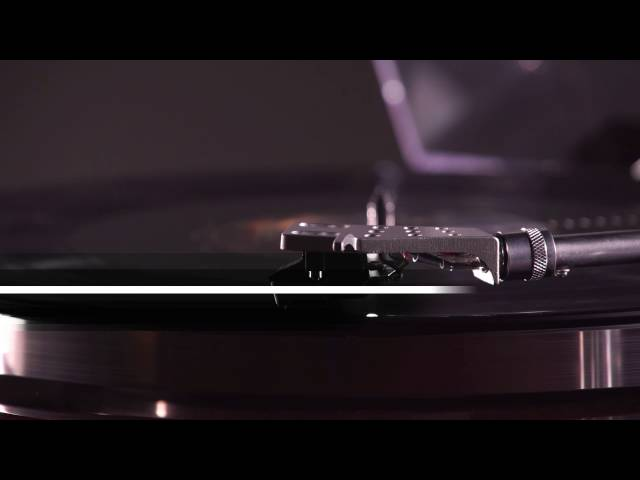 introducing-the-bt500-bluetooth-turntable
