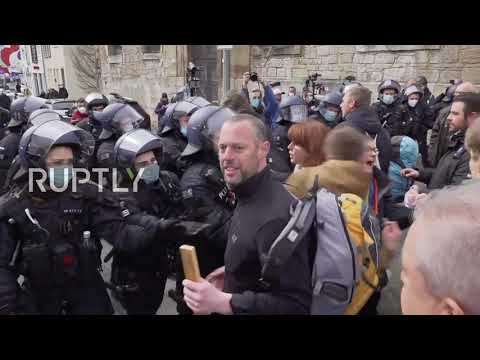 Germany: Scuffles break out as COVID-sceptics and counter-protesters take to Kassel streets
