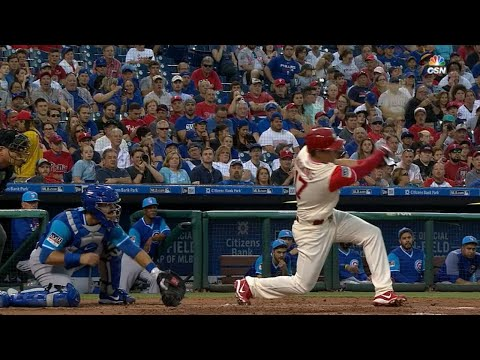 Hoskins sets record with 10 homer in first 17 games