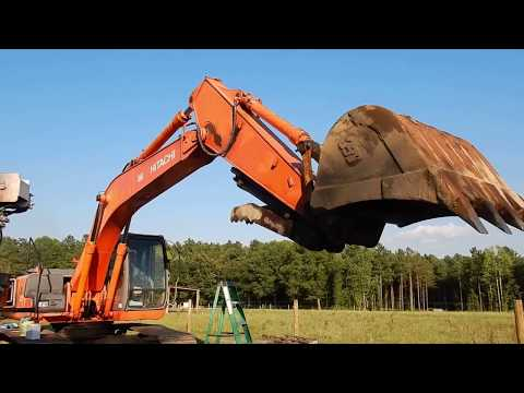 The Hitachi Excavator Lives Again!