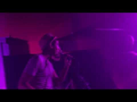 Nice Peter live glasgow ( doug epic rap battle and more )