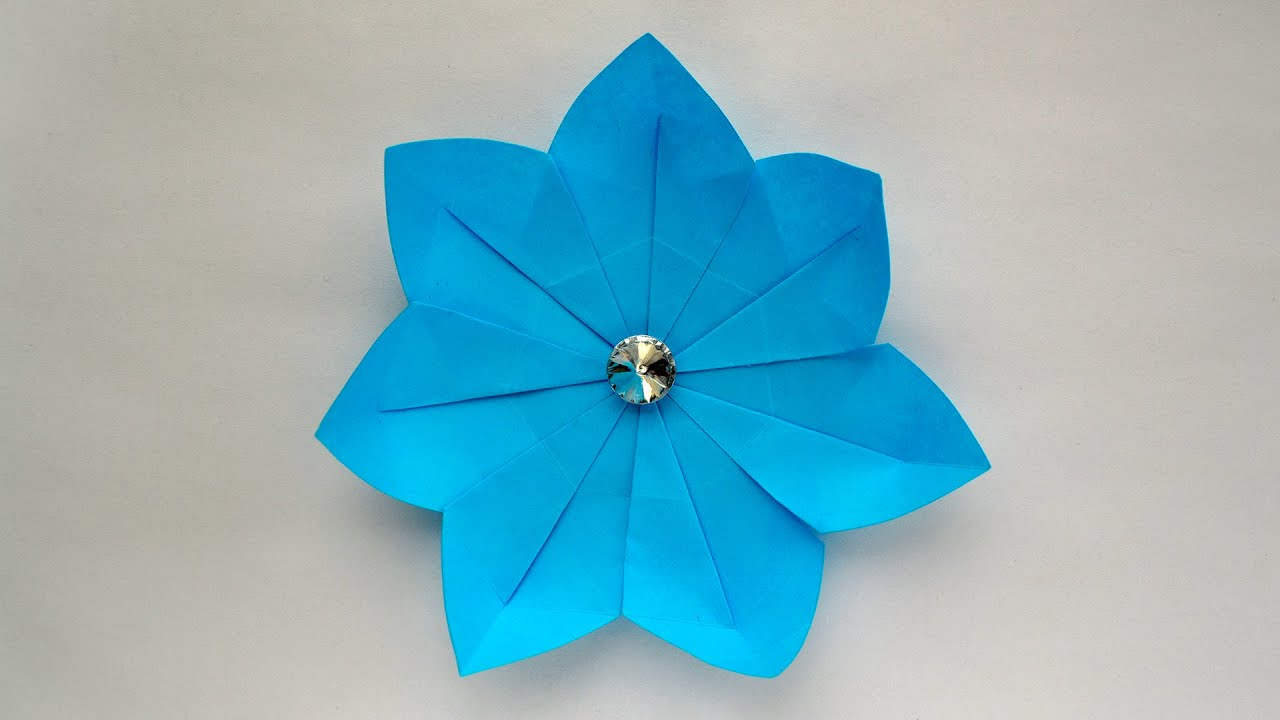 Origami gift bows - Artful Maths   720x1280