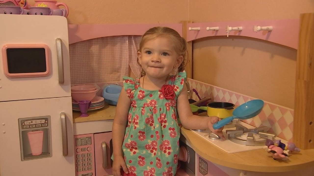 VIDEO: Fundraiser for 2-year-old Peoria girl waiting for new heart