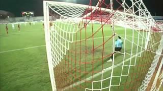Bùi Tiến Dũng cản penalty trước U19 Nhật Bản