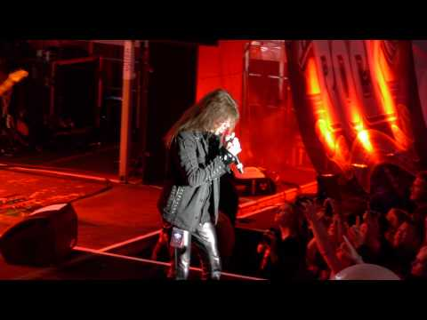 Queensrÿche - Queen of the Reich (Live)