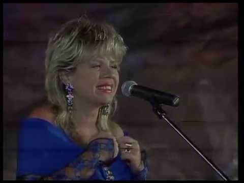 """Biljana Petrovic, ZRNO LJUBAVI, International Music Festival """"Pjesma Mediterana"""", Budva, Montenegro"""