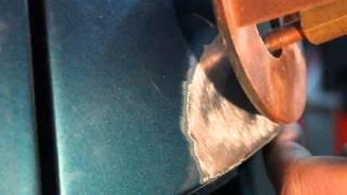 Ремонт Audi 80 заднее крыло и бампер часть 1.(Удар в заднее крыло сбоку.. Повреждения: крыло заднее левое боковой удар.. крыло сместилось багажник не закр..., 2014-03-11T13:19:32.000Z)