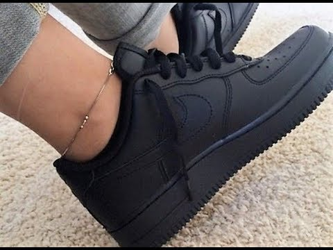 AIR FORCE 1 MATTE BLACK CUSTOM