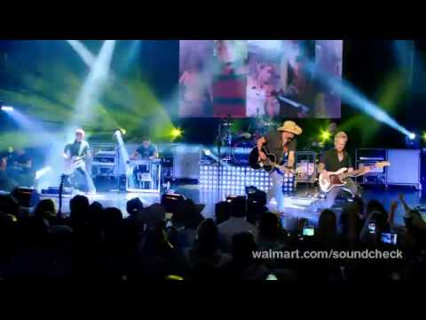 Jason Aldean- Take a little ride live at Walmart Soundcheck