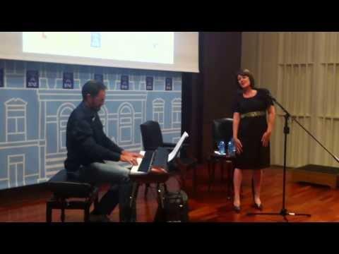 Bésame mucho - Cristina Vlasin & David Sanz - Biblioteca Nacional de España - 2013