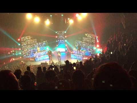 Vald feat Damso - Vitrine concert Olympia Paris live