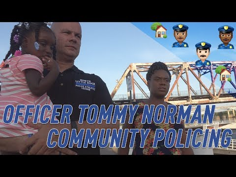 Ofc. Tommy Norman helps pregnant homeless woman & her 2-year-old