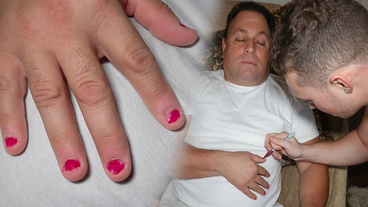 painting-my-dads-nails-while-he-sleeps-permanent-marker-prank