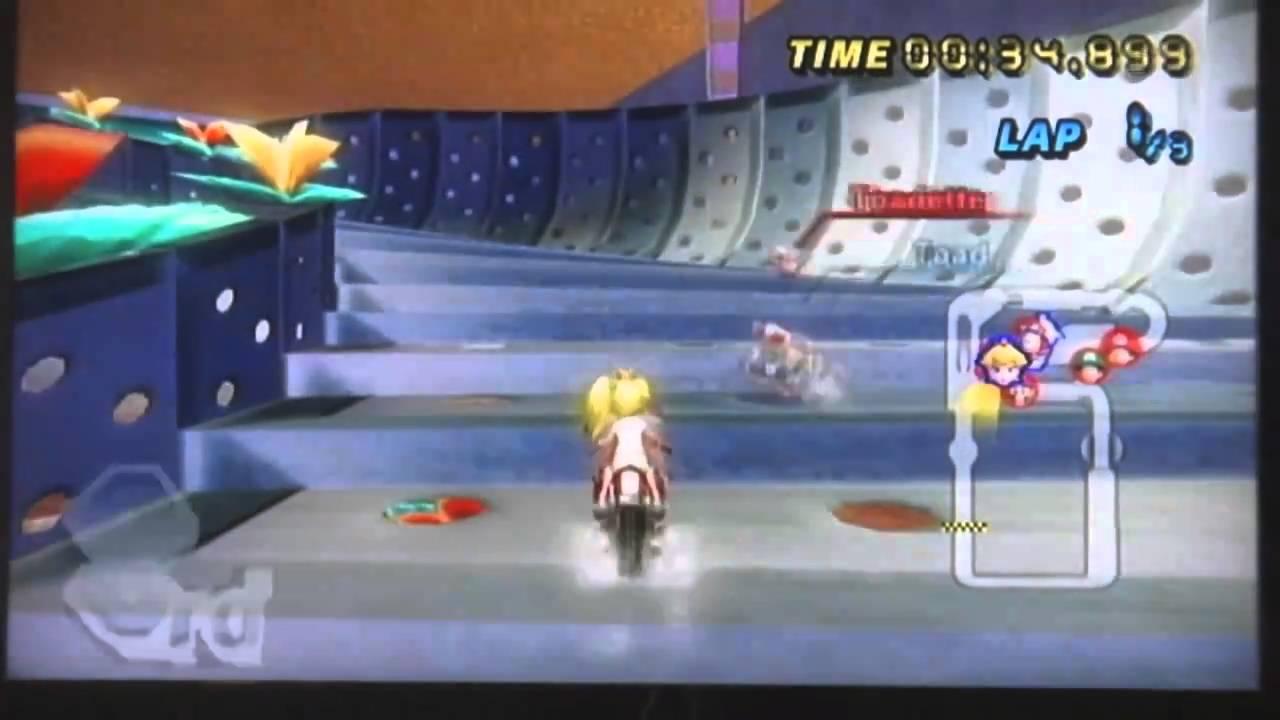 Mario Kart Wii Coconut Mall With Peach Bike Hd 720p