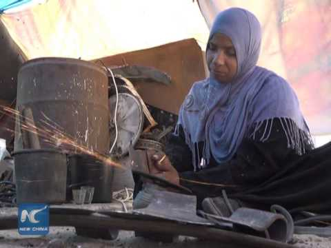 Gaza woman works as blacksmith to defy poverty