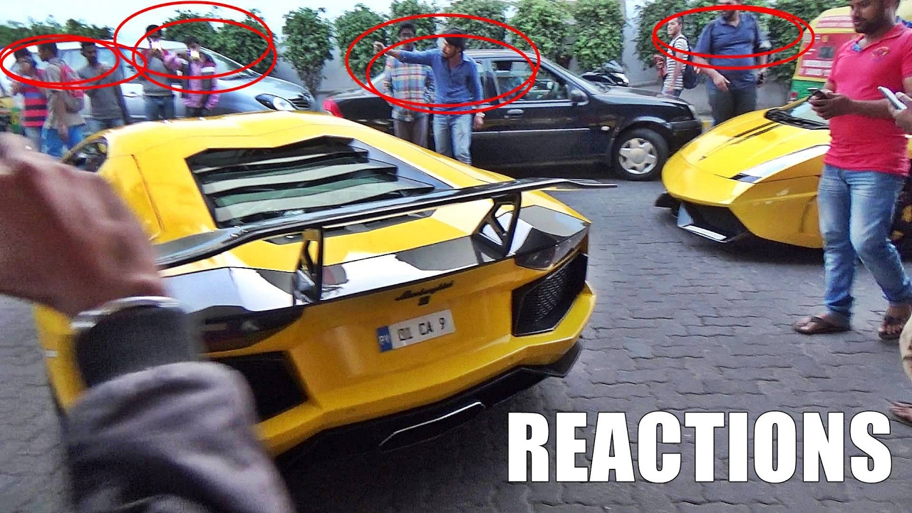 2 Lamborghinis Enter Petrol Station In India Amp This Hap Doovi