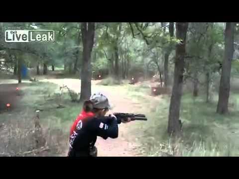 Kenhvideo.com-Bé gái 13 thể hiện tài năng bắn súng cừ khôi