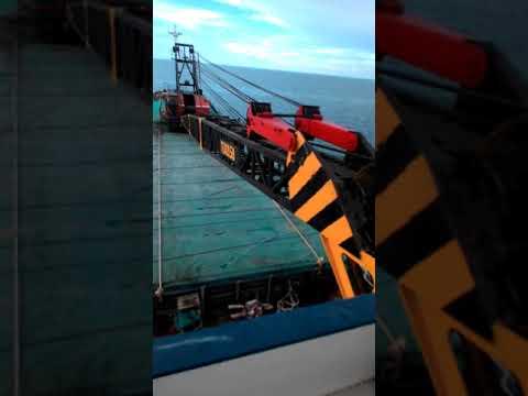 MV yu no 02 pedestal crane tukasa..