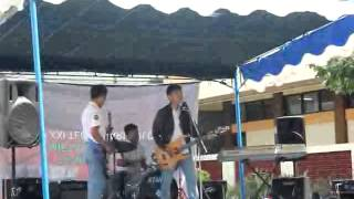Video Ccr band live perform mengejar mimpi by yovienuno download MP3, 3GP, MP4, WEBM, AVI, FLV September 2018