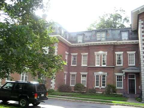 Oneida Community Mansion House (ouside)