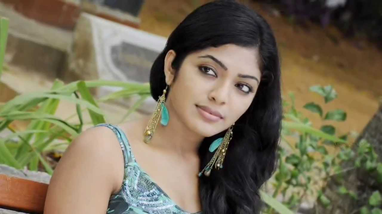 Rima Kallingal Born  Is A Hot And Sexy Indian Model And Film Actress