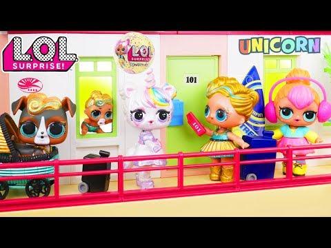 Custom LOL Surprise Dolls Play at Playmobil Hotel