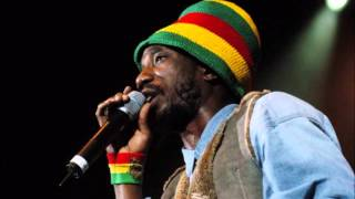 Sizzla - Give me a Try.wmv