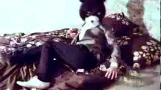 Fiidi Karu unenägu(Tervise Arengu Instituut teab, mida näevad karud talveunes. Sukeldu Fiidi Karu Mesitaru maailma http://www.toitumine.ee/kampaania/fiidikaru., 2013-10-21T13:00:50.000Z)