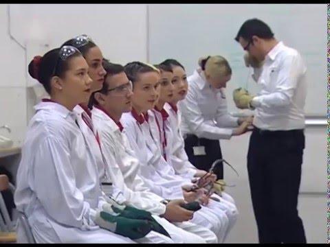 Thực tế huấn luyện tại trung tâm đào tạo tiếp viên hàng không hãng Emirates Airline