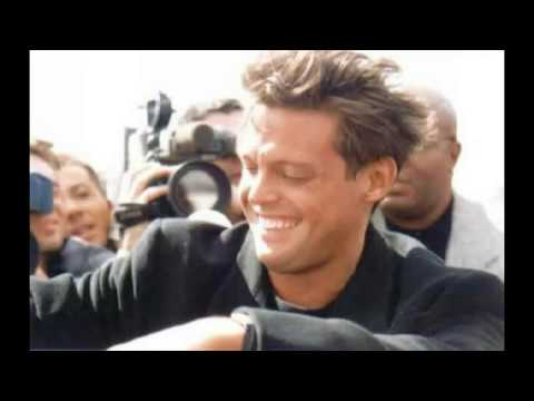 Michael Buble and Luis Miguel - Come Fly With Me - 2011