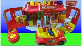 McDonalds 2003 Play Set Toy Carry Along Drive Thru Restaurant UNBOXING