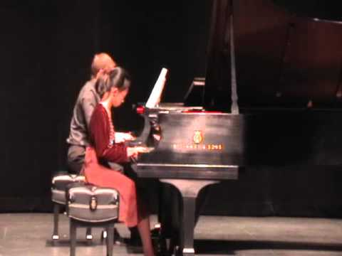 Chopin Piano Concerto No 1 E minor Op 11, Part I-1st mvt-Allegro maestoso (Janet Wu, Piano)