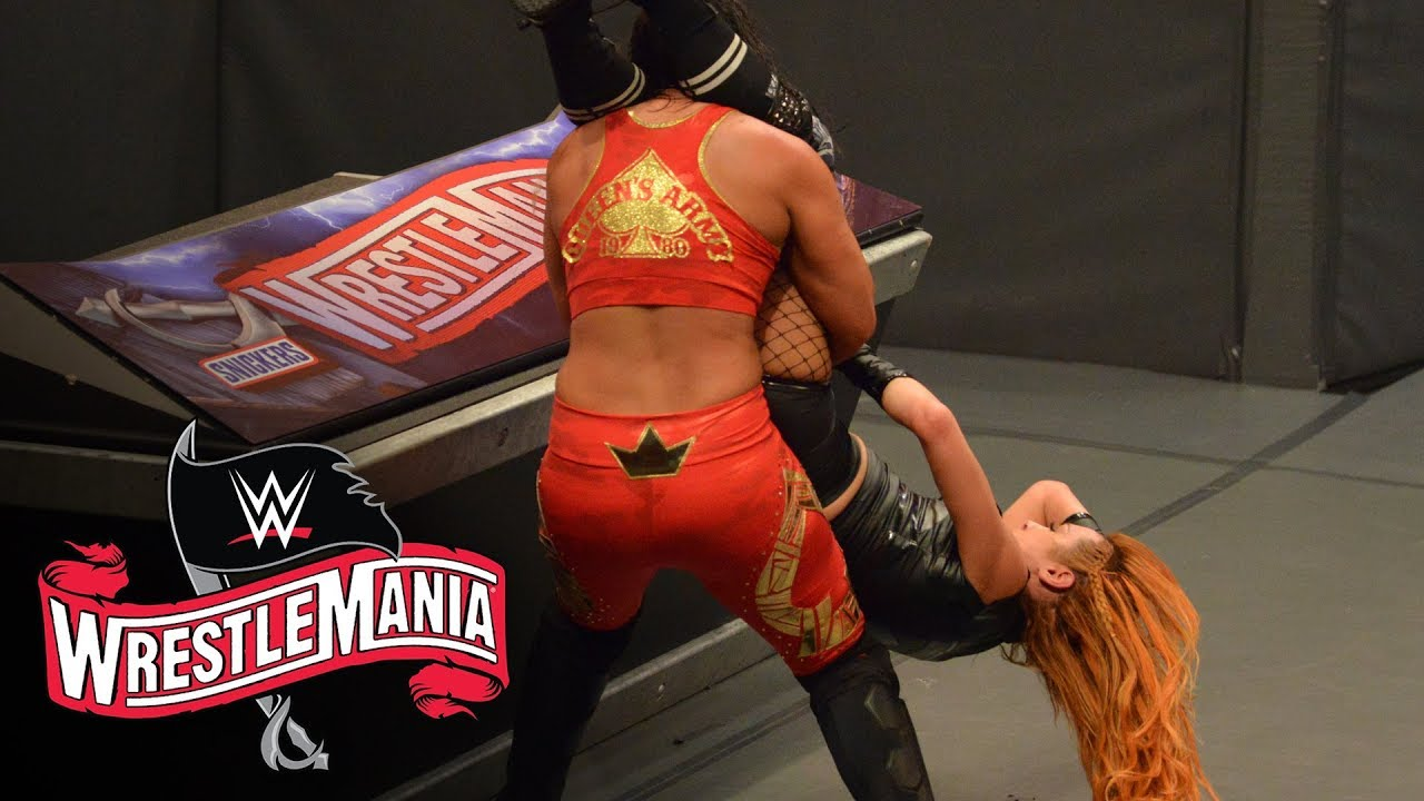 Shayna Baszler uses Becky Lynch as a battering ram: WrestleMania 36 (WWE Network Exclusive)