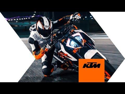 KTM 1290 SUPER DUKE R - push the limit | KTM