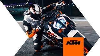 KTM 1290 SUPER DUKE R - push the limit | KTM